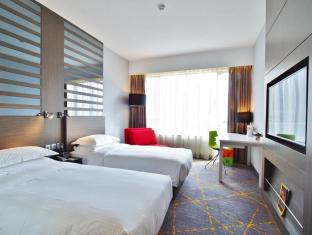 The Cityview Hotel Hong Kong - Premier Triple (2 Single Beds & 1 Sofa Bed)