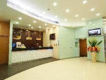 West Hotel: lobby