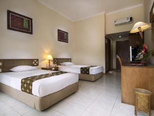 Mentari Sanur Hotel Bali - King size bed