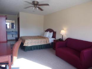 /huggy-bear-motel-warren/hotel/warren-in-us.html?asq=jGXBHFvRg5Z51Emf%2fbXG4w%3d%3d