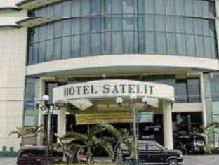 サテリット ホテル