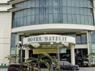 Satelit Hotel Surabaya - Exterior