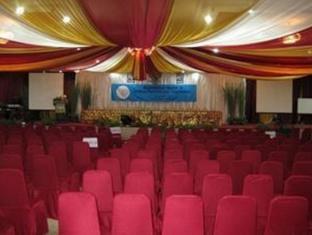 Satelit Hotel Surabaya - Meeting Room