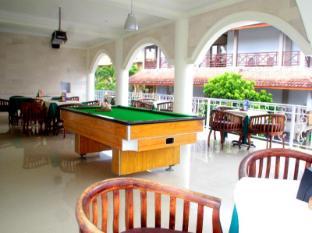 Melasti Beach Resort & Spa Bali - Billiard