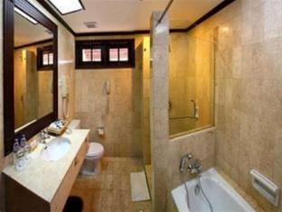Equator Hotel סורביה - חדר אמבטיה