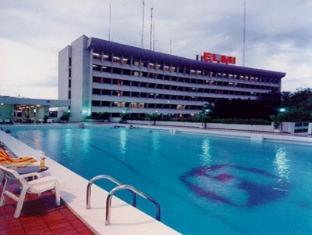 Elmi Hotel Сурабая - Экстерьер отеля