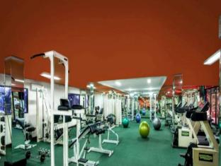 Surabaya Suites Hotel Surabaya - Fitnessruimte