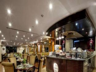 泗水套房酒店 泗水 - 餐廳