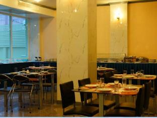 J Two S Pratunam Hotel Bangkok - Restaurant