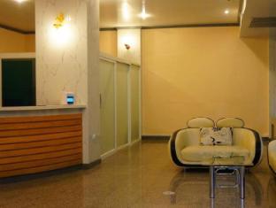 J Two S Pratunam Hotel Bangkok - Reception