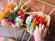 Learn How To Make Canang ( Simple Balinese Offering)