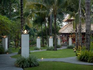 Segara Village Hotel Bali - Entrance