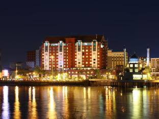 /hotel-aryaduta-makassar/hotel/makassar-id.html?asq=jGXBHFvRg5Z51Emf%2fbXG4w%3d%3d