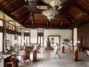 Kamandalu Ubud Resort Bali - Lobby Interior
