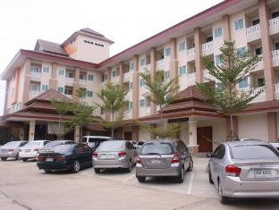 /ja-jp/butnamtong-hotel/hotel/lampang-th.html?asq=jGXBHFvRg5Z51Emf%2fbXG4w%3d%3d