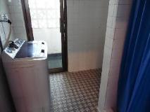 Mekong Apartment: bathroom