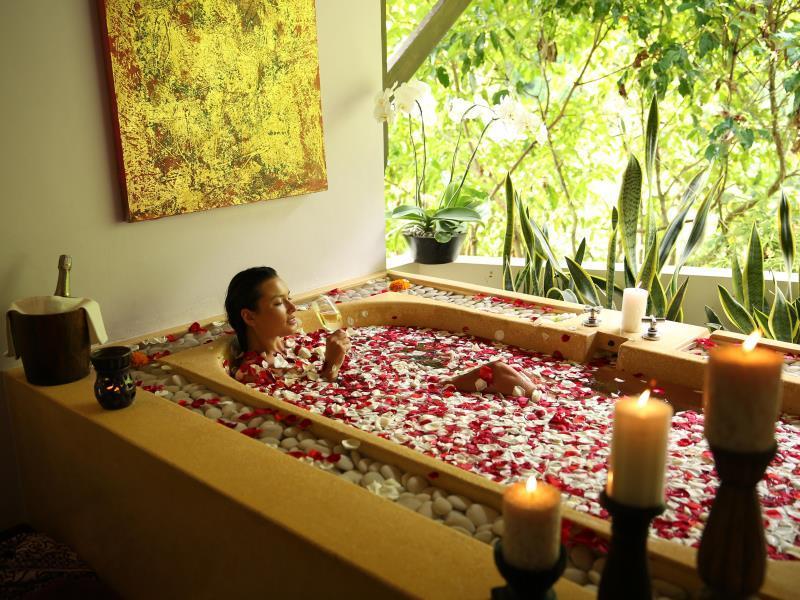 Hanging Garden Of Bali3