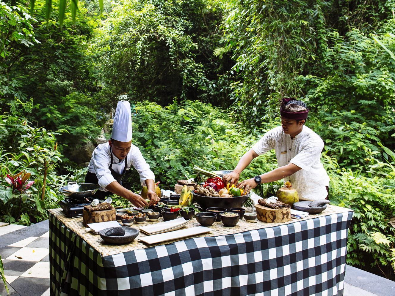 Hanging Garden Of Bali9