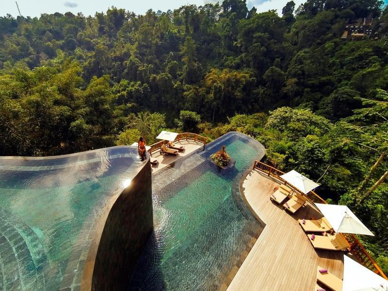Hanging Garden Of Bali0