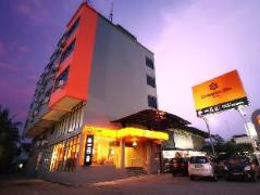 Cheap Hotels in Malacca / Melaka Malaysia | Dream Suites Hotel