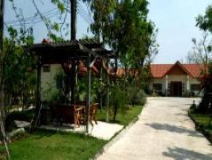 Tharawadee Resort | Thailand Cheap Hotels