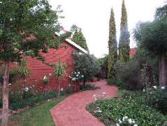 Camelia Guest House | Cheap Hotels in Bloemfontein South Africa