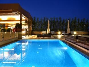 Crowne Plaza Hotel Athens City Centre Athens - Swimming Pool