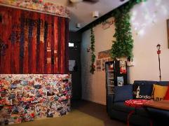 Hong Kong Hotels Cheap | Pandora After 80s Hostel
