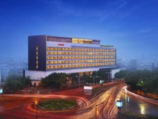 /the-gateway-hotel-em-bypass-hotel/hotel/kolkata-in.html?asq=jGXBHFvRg5Z51Emf%2fbXG4w%3d%3d