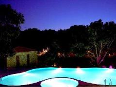 Corbett Wild IRIS Spa and Resort | India Budget Hotels