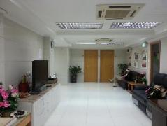 Hong Kong Le Cong Fraternal Association Hostel | Cheap Hotels in Hong Kong