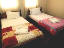 Bounmixay Guest House: guest room