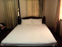 Bounmixay Guest House: standard double room