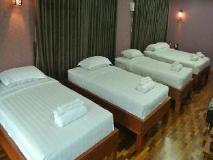 Motel Yaewaddy: guest room