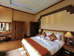 The Golden Lake Hotel | Myanmar Budget Hotels