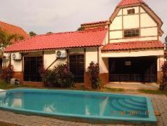 D'Faro Bungalow at A Farmosa Resort | Malaysia Budget Hotels