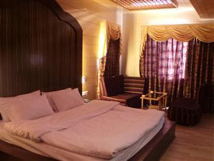 /shamyana-hotel/hotel/srinagar-in.html?asq=jGXBHFvRg5Z51Emf%2fbXG4w%3d%3d