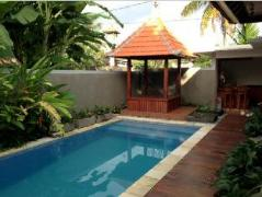 Villa Pekandelan, Indonesia