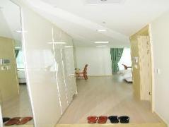 Ten-Q Global Residence