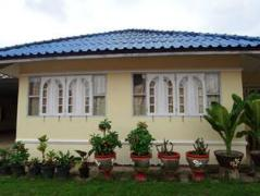 Bouaphan Guesthouse | Laos Budget Hotels