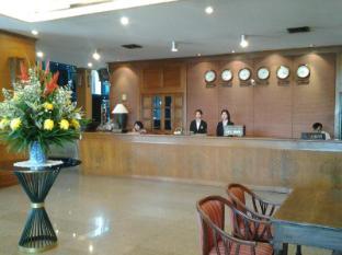 로얄 라나 호텔
