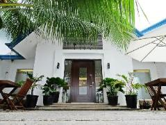 Philippines Hotels | Blue Marina Boracay Resort