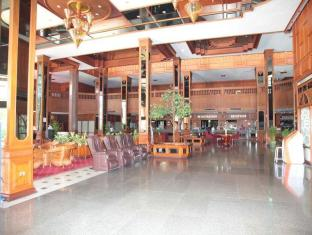 Royal Twins Hotel Pattaya - Lobby