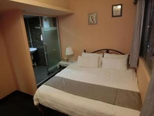 Bloomy Hotel