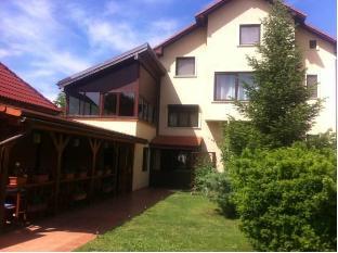 /pensiunea-red-rose-apartments/hotel/timisoara-ro.html?asq=jGXBHFvRg5Z51Emf%2fbXG4w%3d%3d