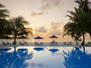 Olhuveli Beach & Spa Resort Maldives Islands - Swimming Pool