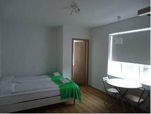 /ms-my/b28-apartments/hotel/reykjavik-is.html?asq=5VS4rPxIcpCoBEKGzfKvtE3U12NCtIguGg1udxEzJ7keqCYRqLR%2bUoWcrdzs8Mus2Mw0vGk2ufPhLHBa0Ko12pwRwxc6mmrXcYNM8lsQlbU%3d