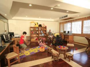 Sunset Beach Resort Phuket - Kid's club