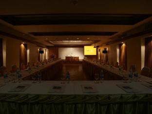 Sunset Beach Resort Phuket - Meeting Room