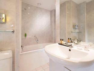 Hotel Queen Mary Parijs - Badkamer